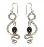 3071 -  Silverörhänge Orm med svart sten.