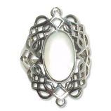 4107  Silverring Keltisk  med  Vit pärlemors sten. stenar